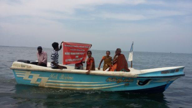 Cómo las mujeres dirigieron una flotilla pacífica para reclamar su isla a la marina de Sri Lanka
