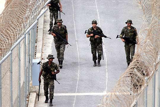 Militarismo y migración forzada (IV): Militarización del hecho migratorio en España Juan Carlos Rois para enpiedepaz.org
