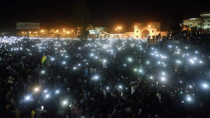 El levantamiento por la democracia en Sudán sacude mitos sobre la Resistencia Civil